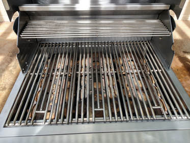 barbecue-grill-cleaning-service_3